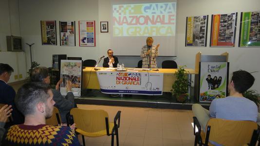 presentazione gara nazionale di grafica all'istituto einaudi di